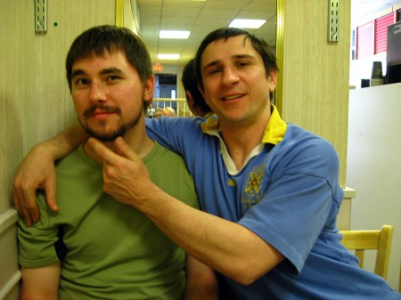 Milan and Paul in a diner