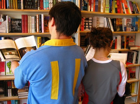Bookstore readers