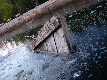 Trash in the Rideau Canal locks