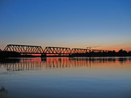 Ottawa railway bridge
