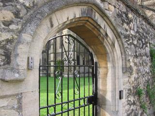 Gate near Holywell Street