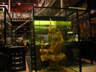 Deities and guns, Pitt Rivers Museum