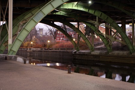 Laurier Avenue Bridge, Ottawa