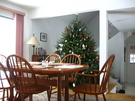 Table and Christmas tree