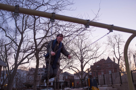 Milan Ilnyckyj swinging