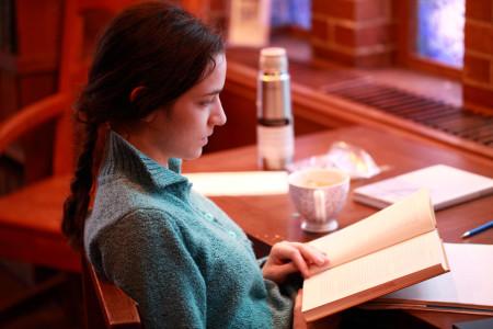 Clara Steinhagen in the Upper Library