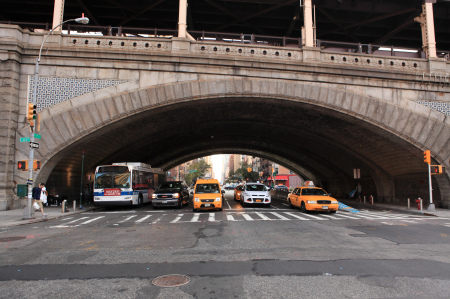 Bus and taxis under 59th Street Bridge
