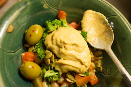 Tahini and vegetables
