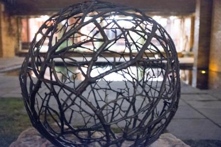 Branch globe